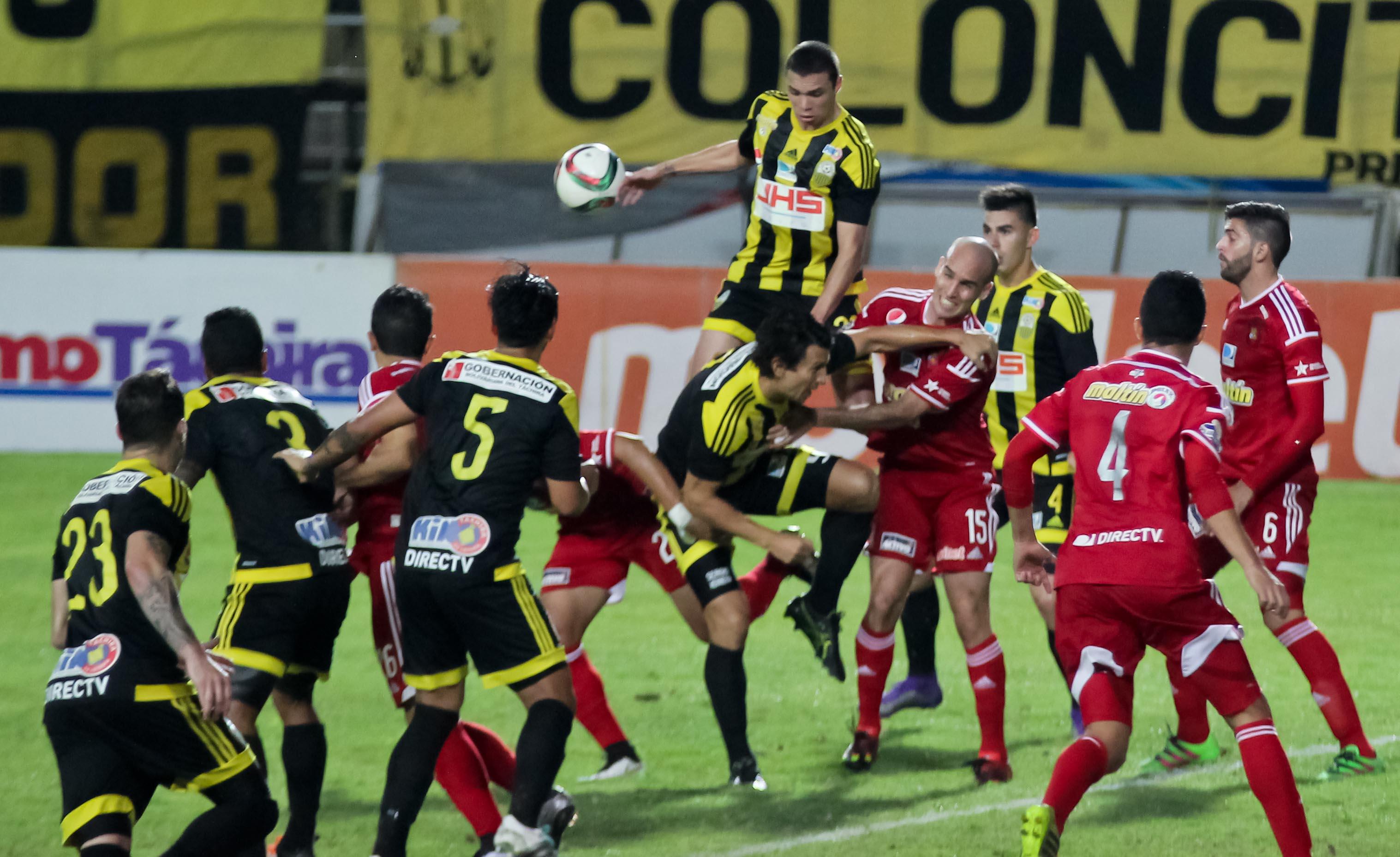 Incidencias del encuentro Táchira-Caracas realizado en el estadio Polideportivo de Pueblo Nuevo en San CristobaFoto: Prensa Deportivo Tachira FC.