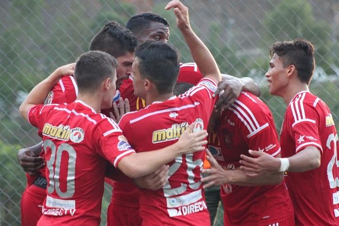 cfc-tac7-festejo-del-segundo-gol-de-edder-farias