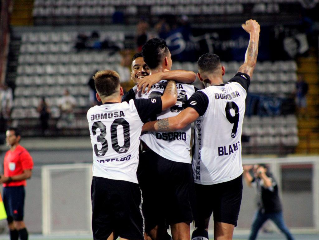 celebracion-segundo-gol_zamora-fc_vs_zulia-fc_final-absoluta_2016